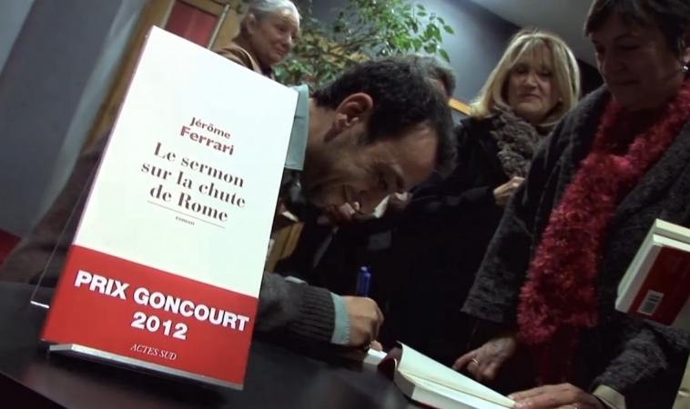 Jérôme Ferrari à Actes Sud à Arles – Tournage du Film de L'intervention